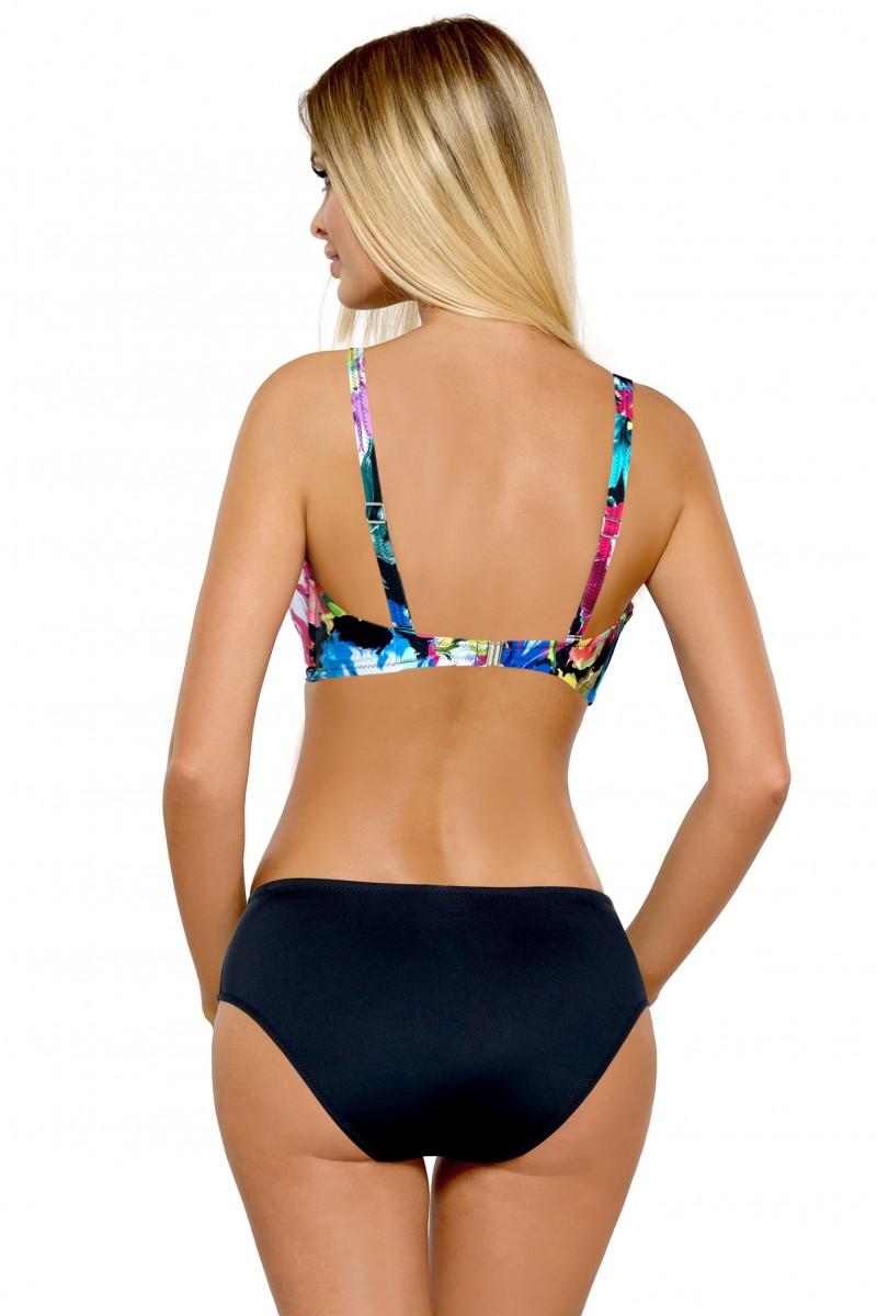 Jak si vybrat dámské plavky pro VĚTŠÍ PRSA  3. díl (VIDEO) - ELEGANT.cz 78b961ed63