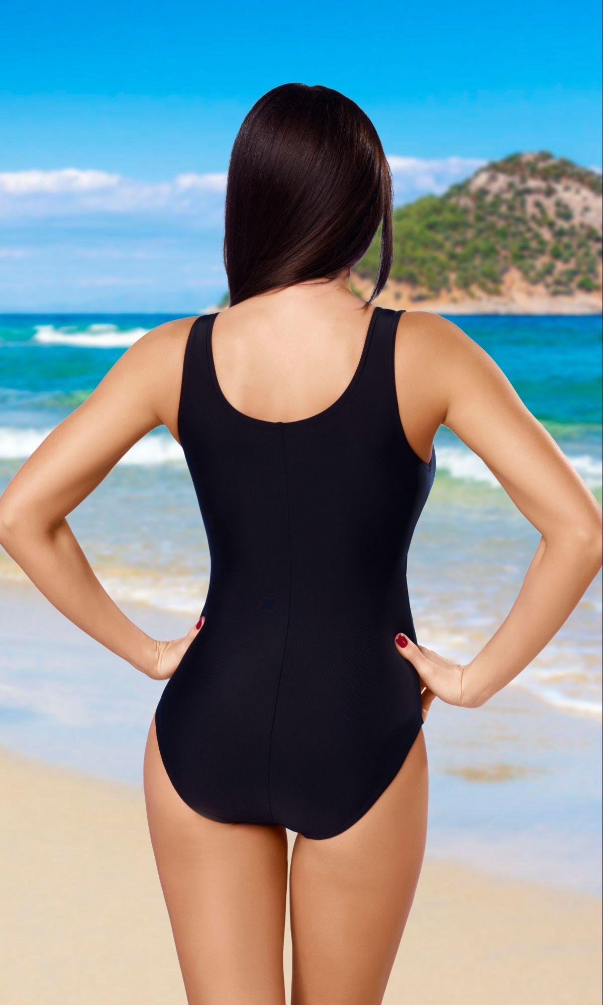 Jednodílné sportovní plavky Liana černé Jednodílné sportovní plavky Liana  černé ffa752b863